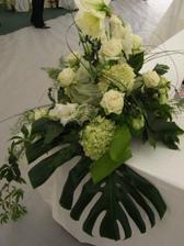 Dekorace hortenzie, mečík, růže