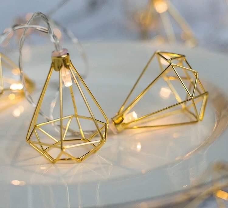 Svetielka zlaté 💡 - Obrázok č. 1