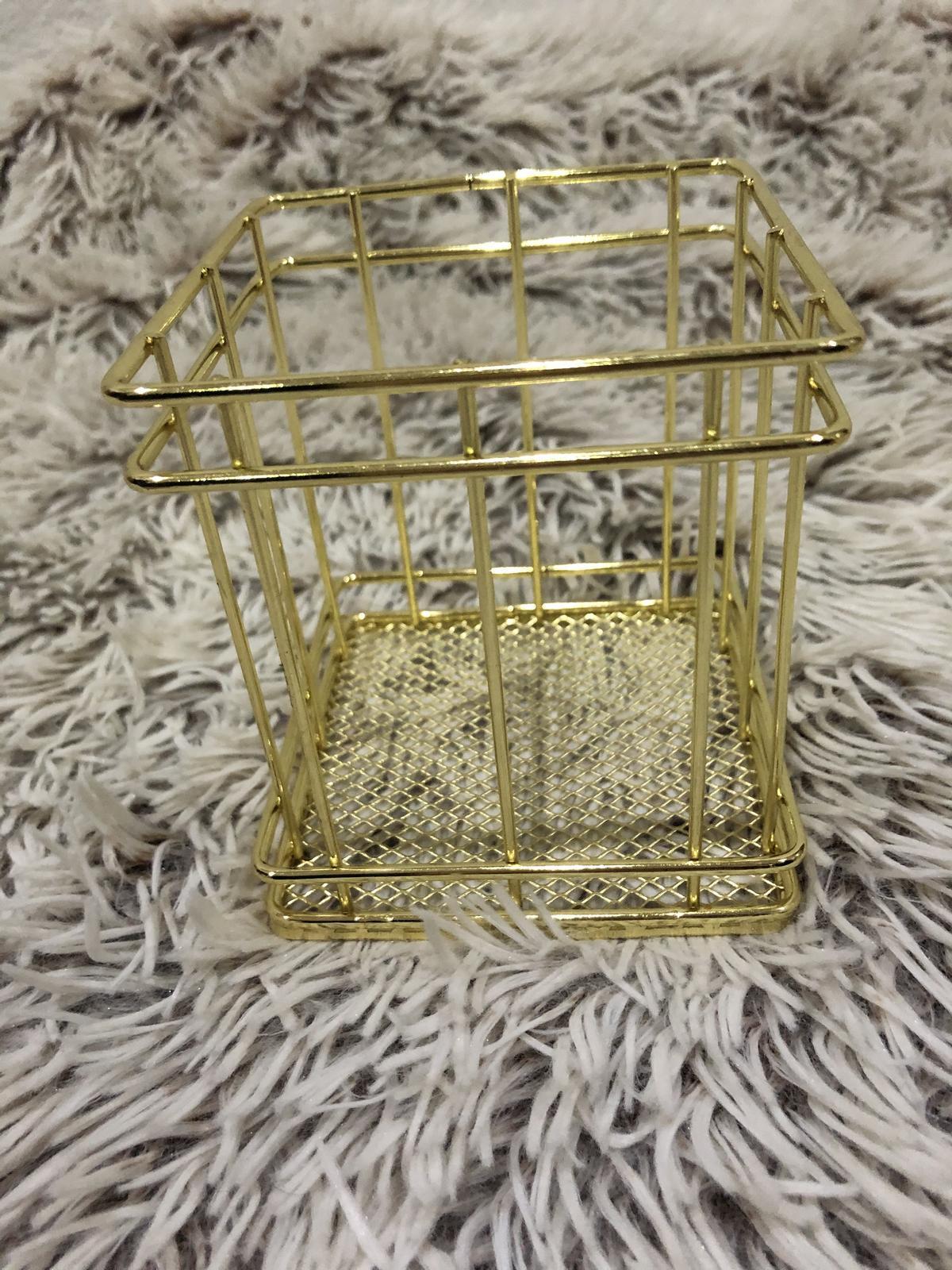 Zlaté dekorácie - Obrázok č. 3