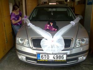 Výzdoba auta ženicha - přesně podle představ :-)))
