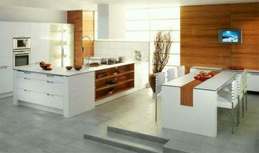 uzasna barva kuchyne