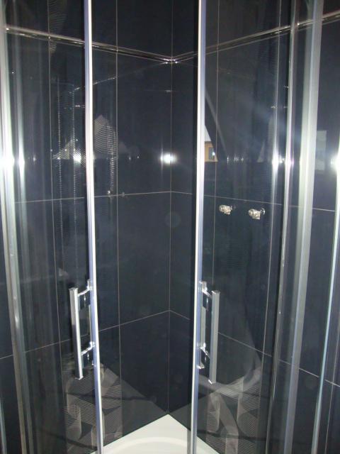 Náš domeček - sprchový kout