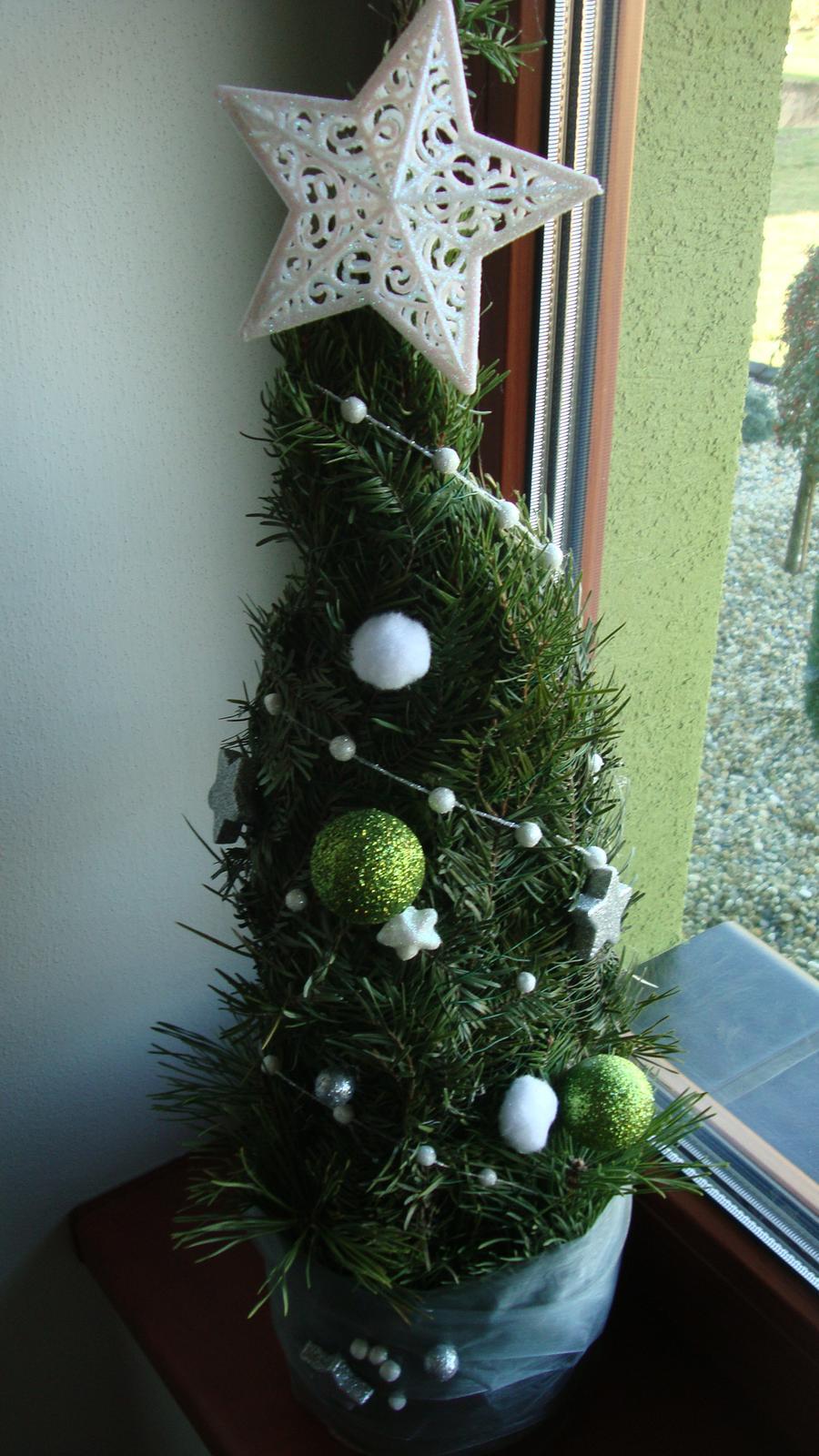 Náš domeček - pokus o stromeček