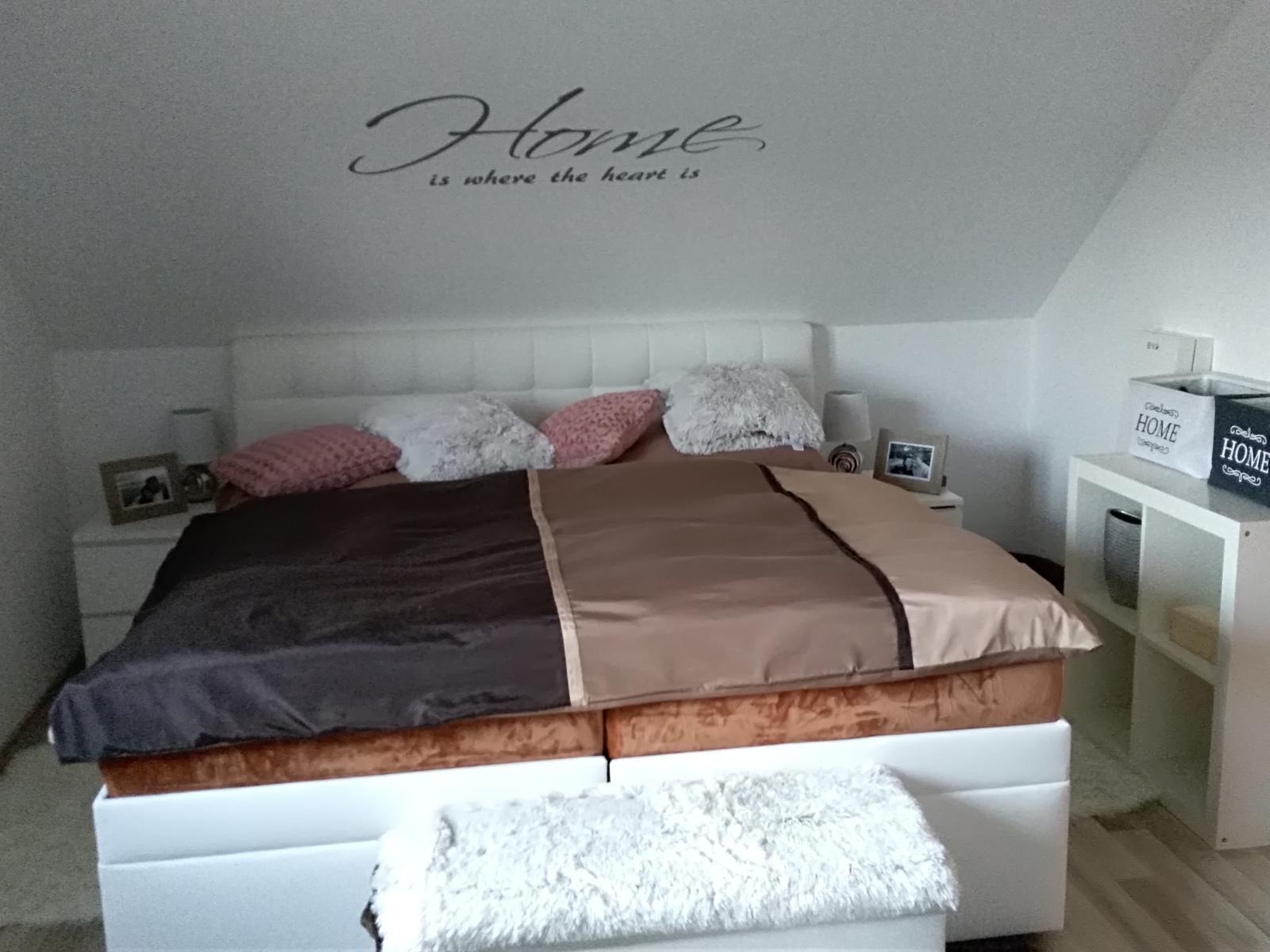 Nová ložnice, ještě police a tapeta, snad o víkendu 😉 - Obrázek č. 1