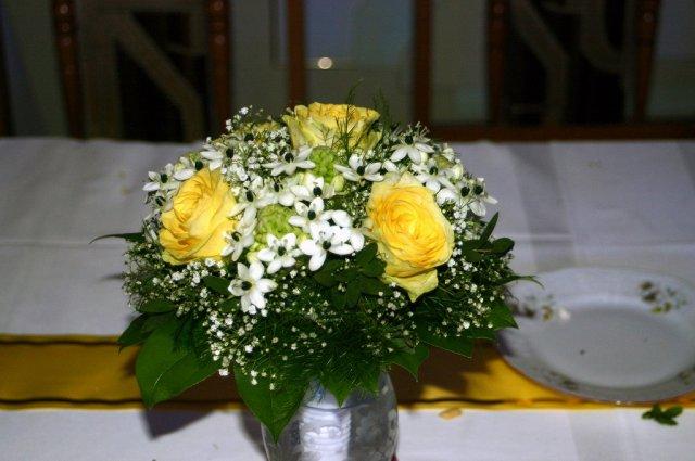 Uz sa neviem dočkat - Takúto peknú kytičku mala moja sestra, ja chcem mať len čisté ruže(ružové)