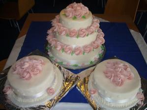 malé dorty tyhle ale fialové růžičky