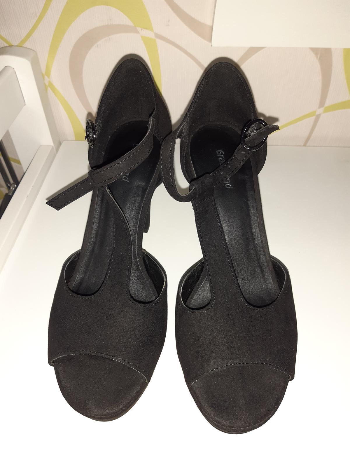 Elegantné čierne sandále - Obrázok č. 3
