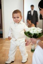 náš fešný synáček byl v den svatby nejúžasnější! :-)