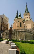 Farský kostol..tu bude obrad