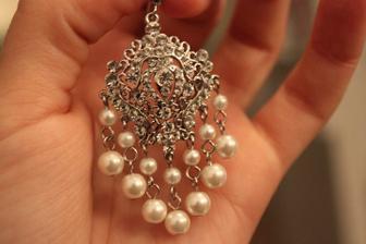 Naušnice budú takéto..Jewels by SPLEEN..navrhnuté Ferom Mikloškom ;)