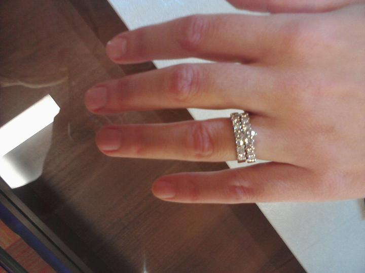 Vselico - tak toto milujem, taky mam na ruke, len nie diamantovy ;-)