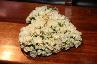 Nas specialny den - vankusik zo zivych kvetov
