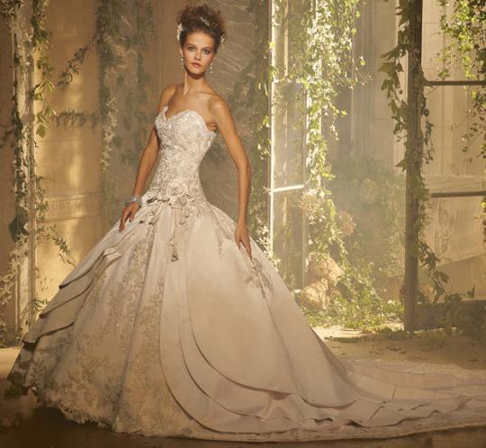 Svadobné šaty - svet 2 - Amalia Carrara A3