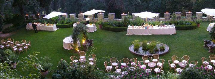 Nas specialny den - zahrada v ktorej bude uvitanie hosti pred vecerou