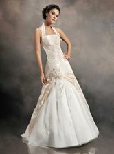Šaty, co jsem si zkoušela;o) Svatební salon v Bochoři 29.1.11