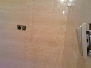 kúpeľňa takmer hotová, ešte batérie a skrinky