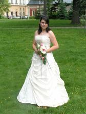 nemúžu si je sem nedat.Byla to nádherná svatba a pokud ta naše bude alespoň z poloviny taková, budu spokojená.