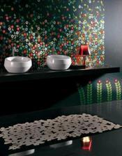 Faaaajny je ten mozaikový panel za umývadlá, len čo už, keď mám chlapca, a čiernu aj tak v žiadnom prípade...