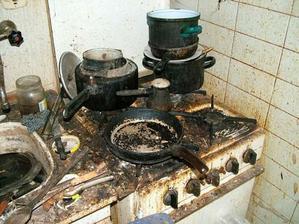 Včera jsem vařila. Ale ať dělám co dělám vždycky mi z toho vyjdou topinky.