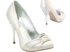 Svadobné topánočky - síce vysoké, ale kráááásne