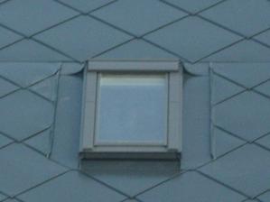 Stresne okno.