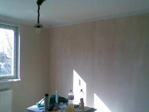 detail obývačky :-) .. viď výškovo nastaviteľnú bodovú lampu :-)