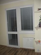 okno v spálni