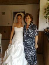 S maminkou před odchodem z baráku