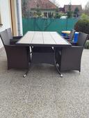 Zahradny set  Stôl+ stoličky s umeleho ratanu .,