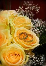 naše prstienky s kytičkou
