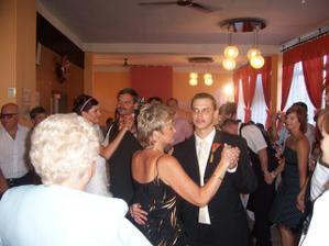 rodicovsky tanec - ja so svokrom a tomas s mojou mamou