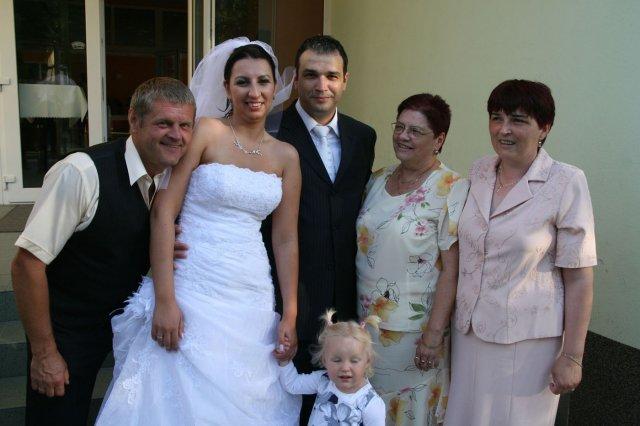 Ingrid{{_AND_}}Štefan - Števovi rodičia so setrou a Emily