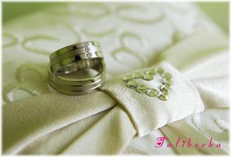 naše krááásné prstýnky