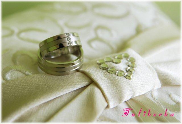 Lucie & Radek ♥2.8.2008♥ - naše krááásné prstýnky