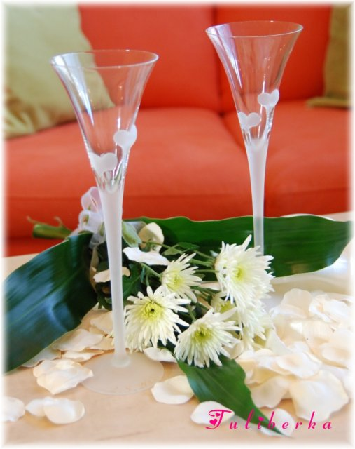 Lucie & Radek ♥2.8.2008♥ - skleničky jsou připravené