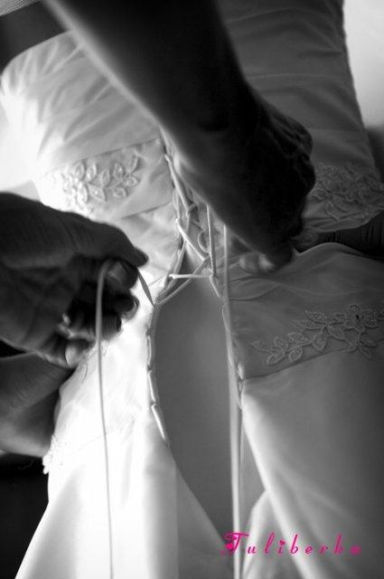 Lucie{{_AND_}}Radek - ... oblékání, pomáhala mamča