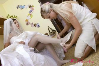 střevíčky, ve kterých jsem vstoupila do manželství mi obula nej kamarádka Petruška