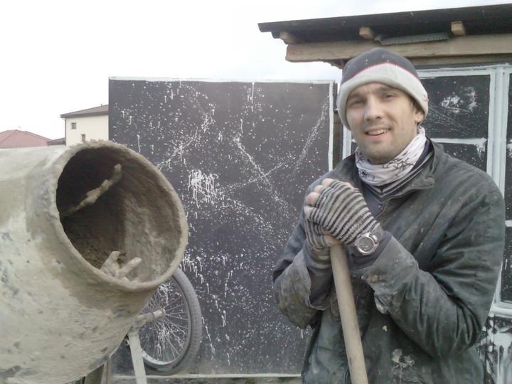 PASÍVNY DOM lachko ze srandu a samí (čize za lacáka) - jedine coho sa bojim pri betonuvani je ze dostanem defekt na kormane