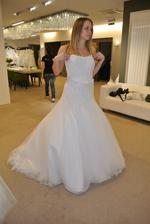 3. šaty