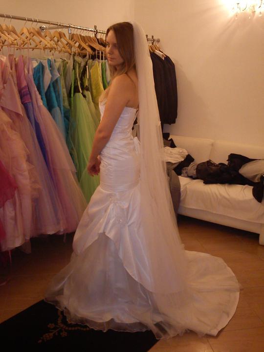 2. zkouška šatů - a je vybráno - Obrázek č. 4