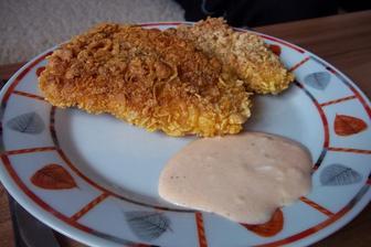Pikantní kuřecí řízečky obalované v kukuřičných lupínkách