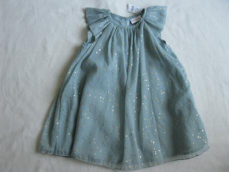 Šaty se zlatýma hvězdičkama - Obrázek č. 1