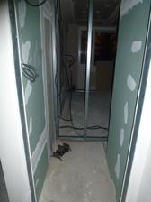 WC - ešte stále vidno do kuchyne ;o)