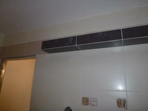 Kúpelňa - polička zo sadrokartónu.