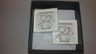 a tieto manžetkové gombíky bude mať miláčik na košeli ...ďakujeme Saške za výrobu veľmi krásne sú a máme z nich radosť ako malé deti :)