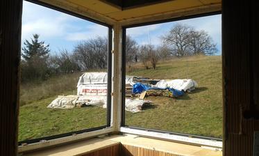 16.2.2016 - rohové okno v spálni