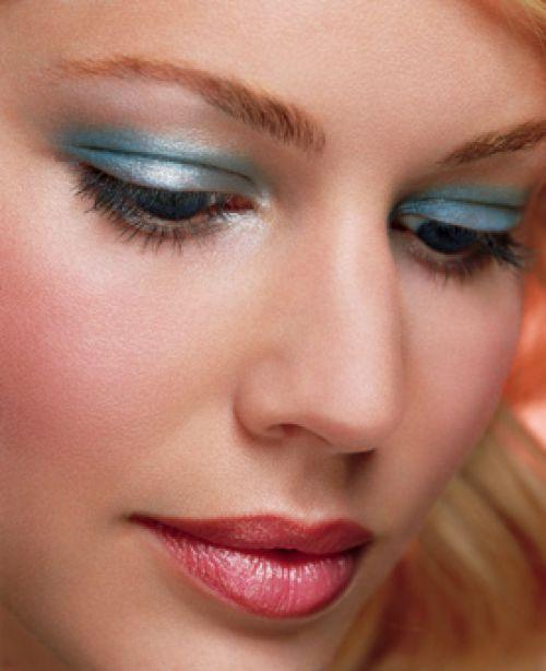 Prípravy na 2.5.2009 Janka a Ondrej - Pekný make up