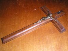 Prípravy 2.5.2009 2.časť - Náš krížik