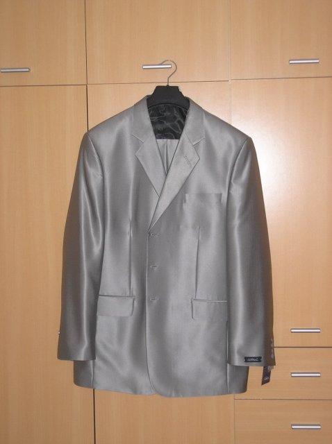 Prípravy 2.5.2009 2.časť - Svadobný oblek