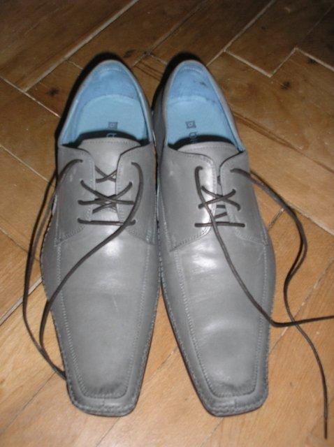 Prípravy 2.5.2009 2.časť - Svadobné topánky